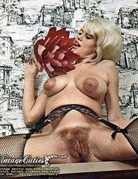 Hot Vintage Monster Boobed Naked Ladies From The 60's